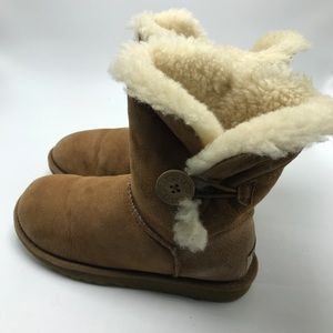 Ugg Bailey Brown Size 6